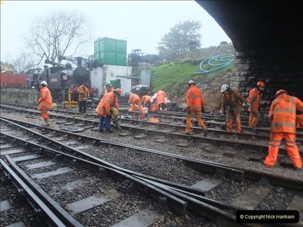 2012-01-18 SR Engineering Work on the 08.  (29)415