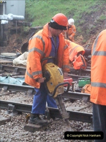 2012-01-18 SR Engineering Work on the 08.  (31)417