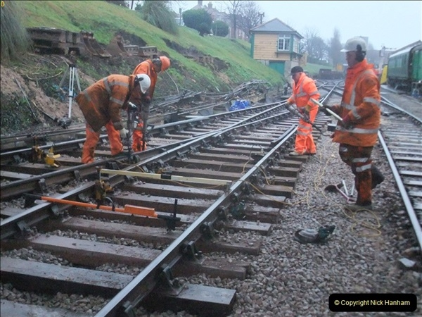 2012-01-18 SR Engineering Work on the 08.  (4)390