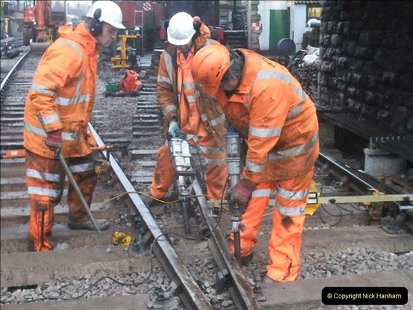 2012-01-18 SR Engineering Work on the 08.  (7)393