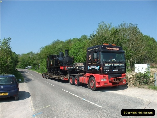 2012-05-23 Driving 6695 & W24 Calbourne on the SR.  (54)400