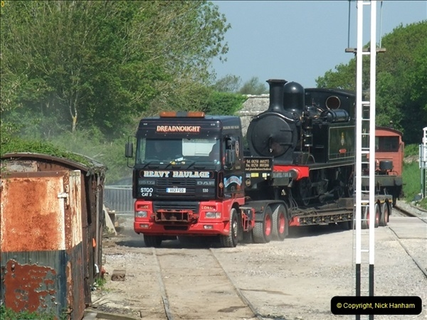 2012-05-23 Driving 6695 & W24 Calbourne on the SR.  (60)406