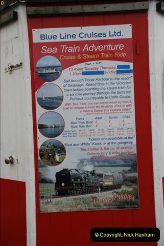 2012-06-27 Pleasure boat advert. Poole Quay, Poole, Dorset.  (1)427