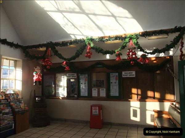 2012-12-02 Santa Specials and DMU 1.  (15)015