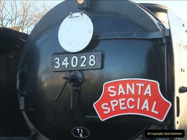 2012-12-02 Santa Specials and DMU 1.  (33)033