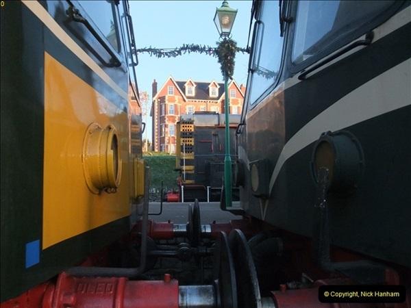 2012-12-02 Santa Specials and DMU 1.  (6)006