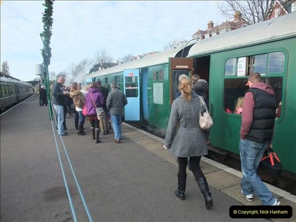 2012-12-02 Santa Specials and DMU 1.  (74)074