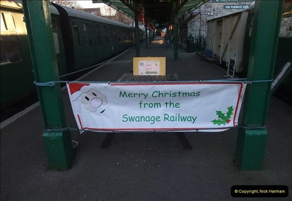 2012-12-02 Santa Specials and DMU 1.  (8)008