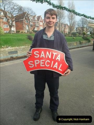 2012-12-02 Santa Specials and DMU 1.  (85)085