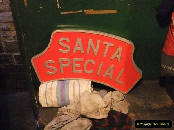 2012-12-12 Santa Specials & DMU 2.  (5)135