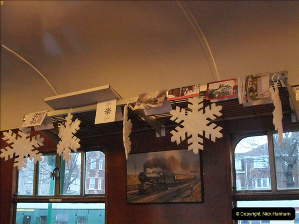 2012-12-24 Santa Specials & DMU.  (10)382