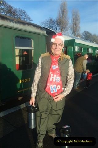 2012-12-24 Santa Specials & DMU.  (107)479