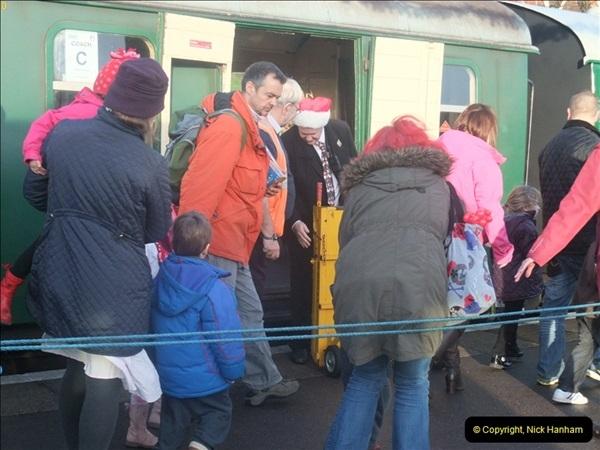 2012-12-24 Santa Specials & DMU.  (108)480