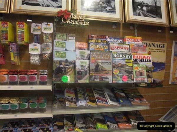 2012-12-24 Santa Specials & DMU.  (125)497