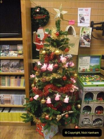 2012-12-24 Santa Specials & DMU.  (127)499