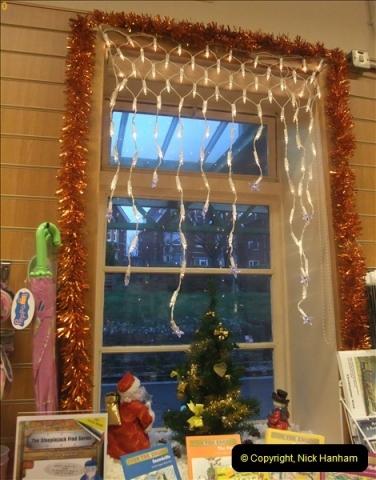 2012-12-24 Santa Specials & DMU.  (135)507