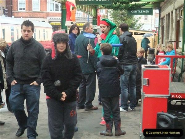 2012-12-24 Santa Specials & DMU.  (75)447
