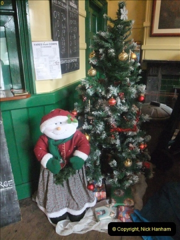 2012-12-24 Santa Specials & DMU.  (91)463
