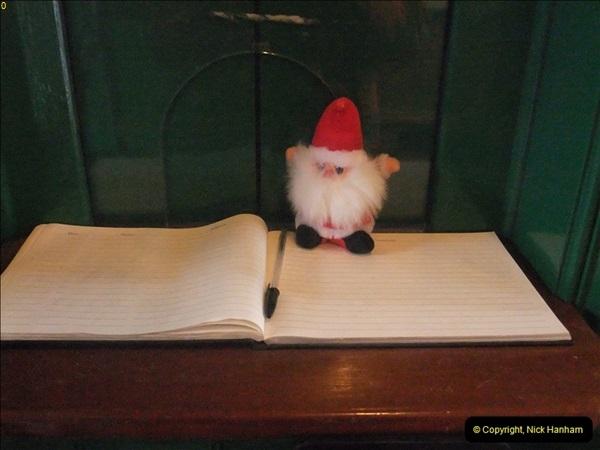 2012-12-24 Santa Specials & DMU.  (95)467