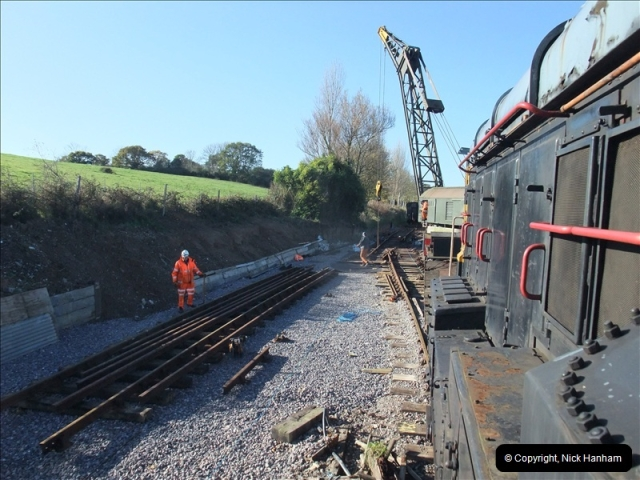 2010-11-10 Herston New Carriage Sidings on 08 (71)727