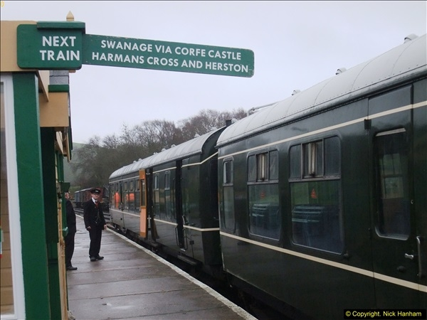 2015-12-06 Driving the DMU on Santa Special.  (103)103