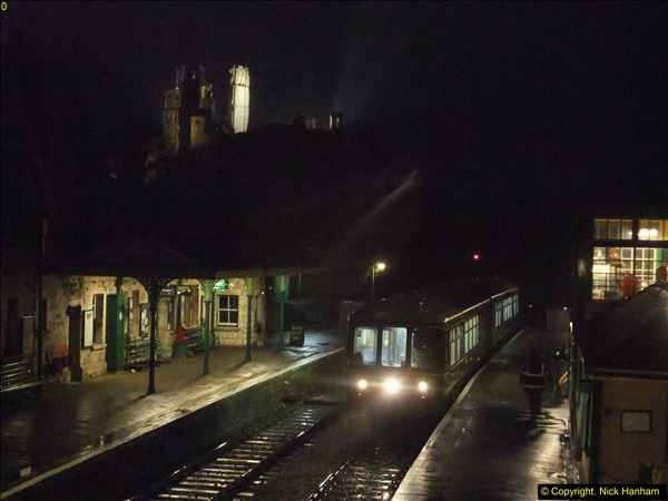 2015-12-06 Driving the DMU on Santa Special.  (131)131