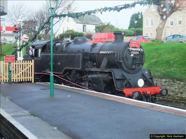 2015-12-06 Driving the DMU on Santa Special.  (28)028
