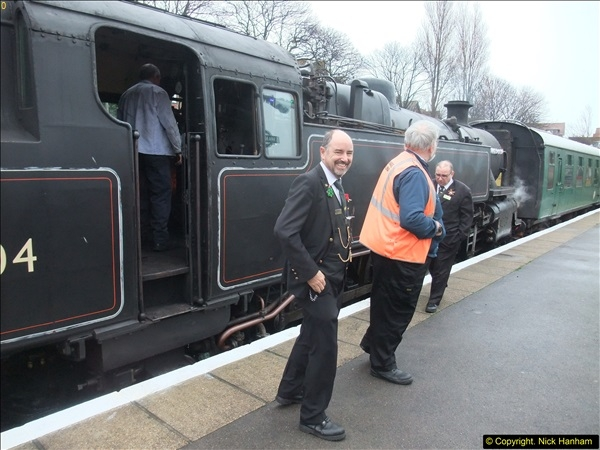 2015-12-06 Driving the DMU on Santa Special.  (63)063