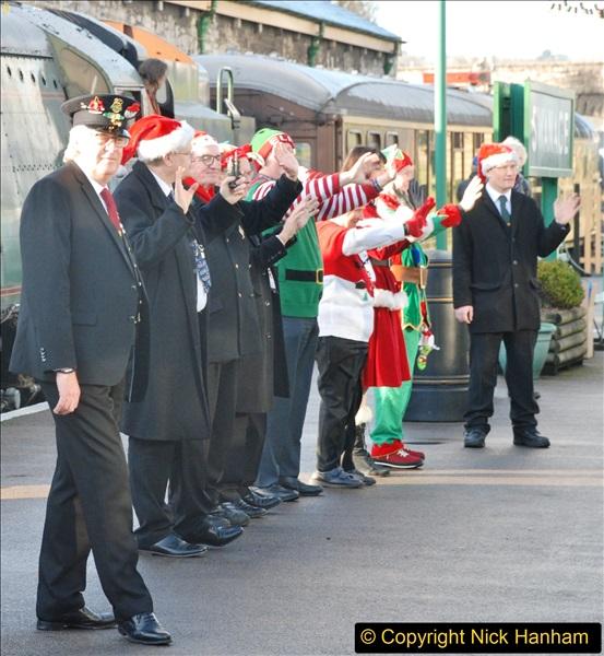 2017-12-18 SR Santa Specials.  (81)081