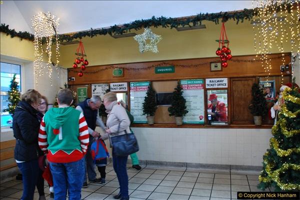 2017-12-21 Santa Specials.  (31)219