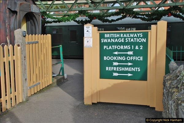 Swanage. (12a)  (1)013
