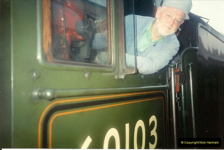 1994-07-16 Your Host drives 60103 on the first day of operation on the evening dining train. (3)0068