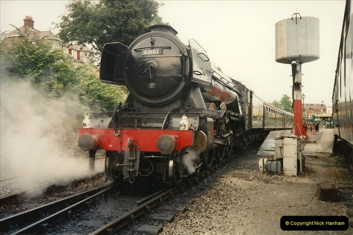 1994-07-18 to 22 Your Host spends a week driving Flying Scotsman.  (10)0082