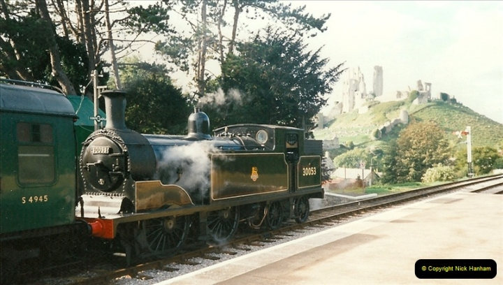 1995-09-02 Your Hosts first driving turn on the extension to Norden.  (7)0242
