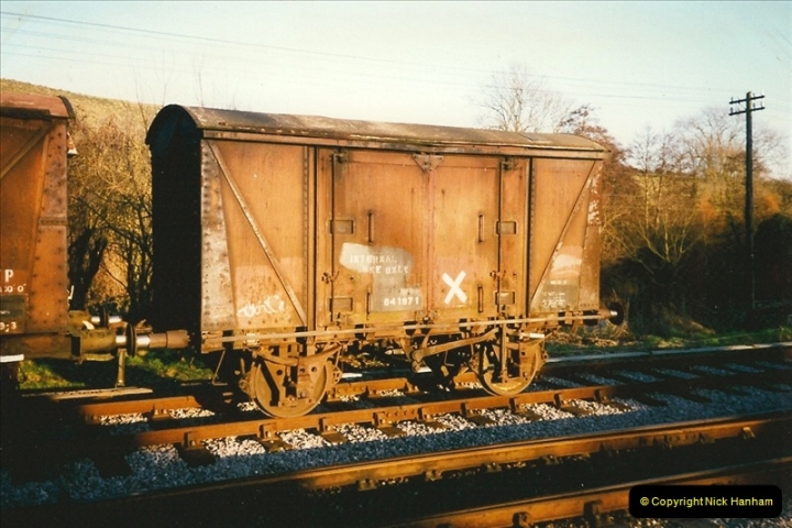 1997-12-14 Santa Specials driving the DMU.  (16)0585