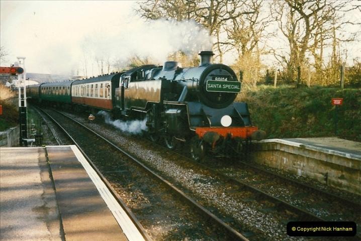1997-12-14 Santa Specials driving the DMU.  (20)0589