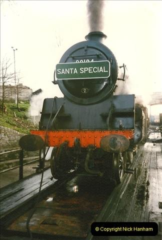 1997-12-14 Santa Specials driving the DMU.  (7)0576