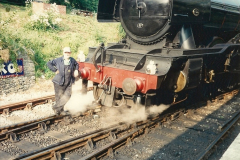1994-07-18 to 22 Your Host spends a week driving Flying Scotsman.  (8)0080