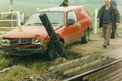 1996-04-14 This van decides to attack 47383 at Quarr Farm crossing!  (5)0295