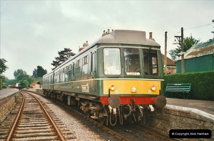 2002-06-08 On the DMU.  (2)052