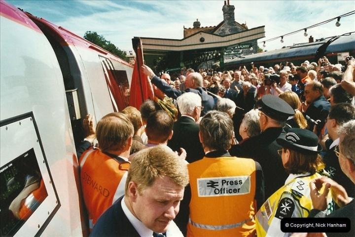 2002-09-08 Virgin Voyager named @ Swanage.  (21)108