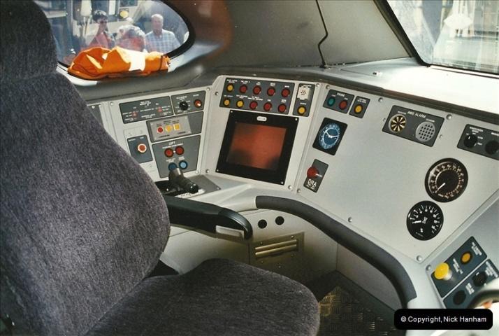 2002-09-08 Virgin Voyager named @ Swanage.  (37)124
