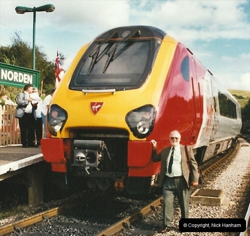 2002-09-08 Virgin Voyager named @ Swanage.  (61)148