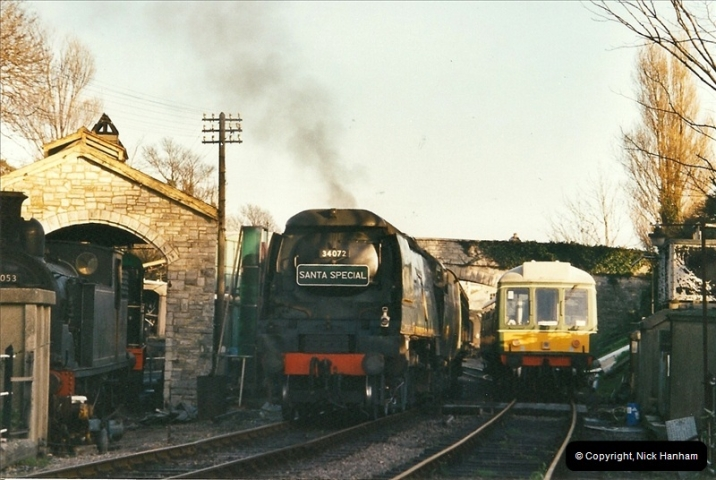 2002-12-01 Driving the DMU on Santa Specials.  (21)215