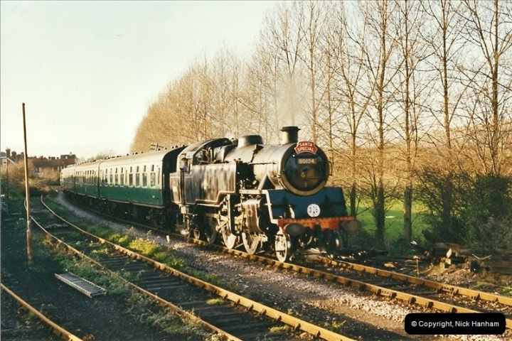 2002-12-01 Driving the DMU on Santa Specials.  (22)216