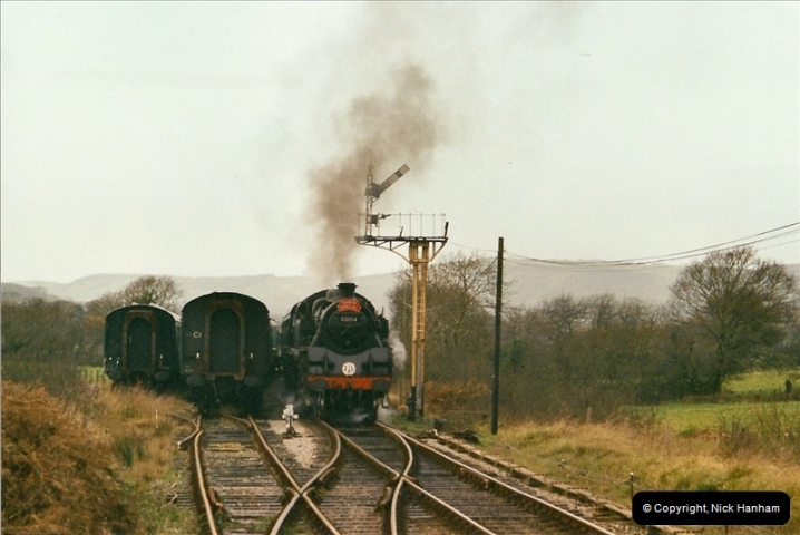 2002-12-01 Driving the DMU on Santa Specials.  (4)198