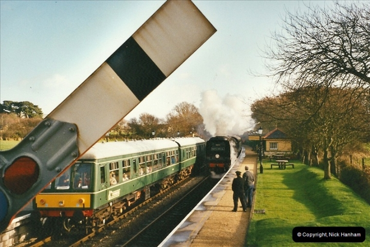 2002-12-01 Driving the DMU on Santa Specials.  (9)203