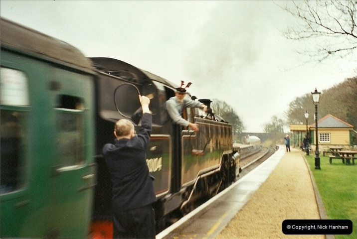 2002-12-14 Driving the DMU on Santa Specials.  (5)241