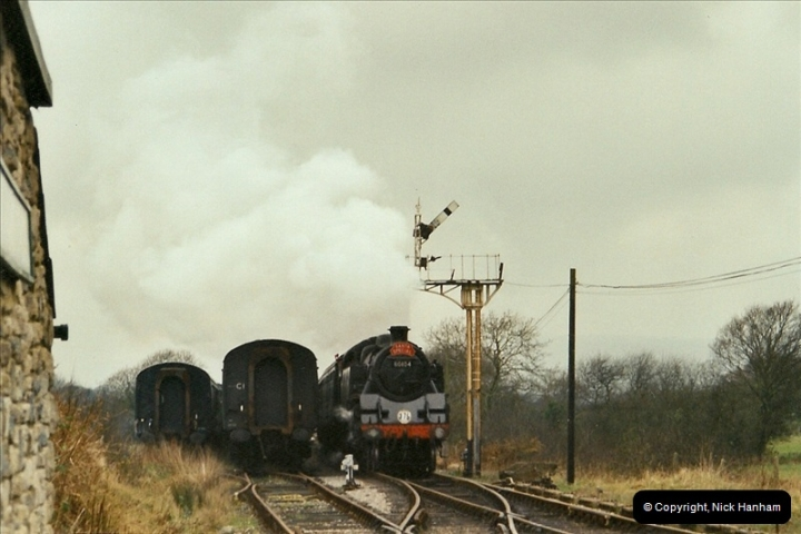 2002-12-14 Driving the DMU on Santa Specials.  (6)242