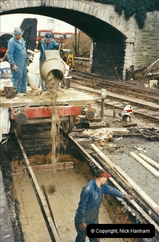 2003 01-15 New pit for engine shed road (2)462